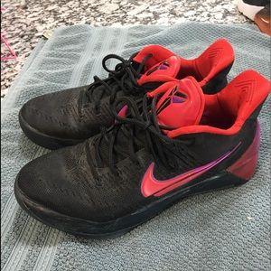 Men's Kobe Nike sneakers